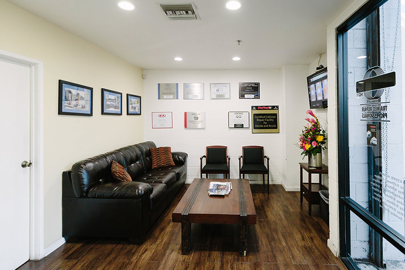 Network auto body office space